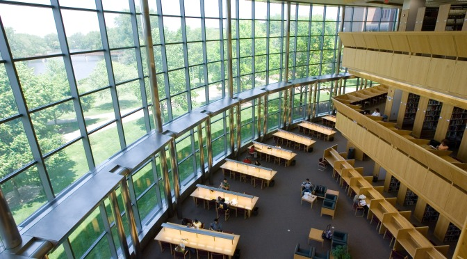 Thompson Library Celebrates 20 Years in New Facility