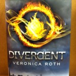 Book -- Roth -- Divergent
